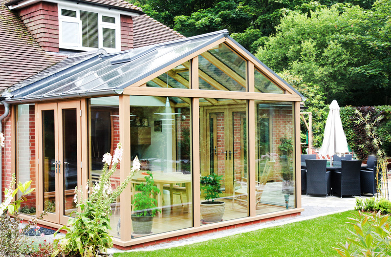 Oak contemporary conservatory in Hampshire