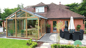 Luxury Seasoned Oak Conservatory