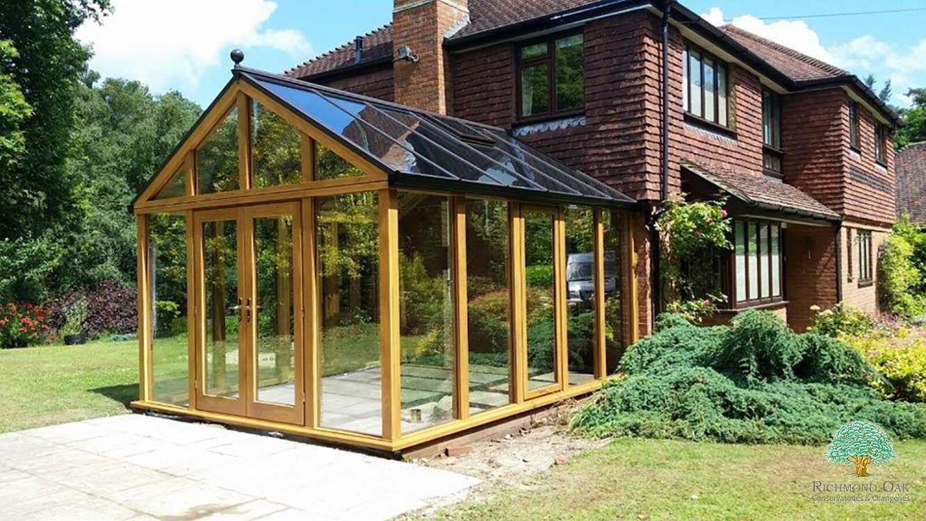 Contemporary Oak Conservatory